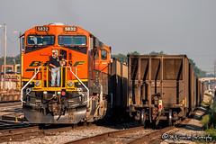 BNSF 5832 | GE ES44AC | NS Forrest Yard