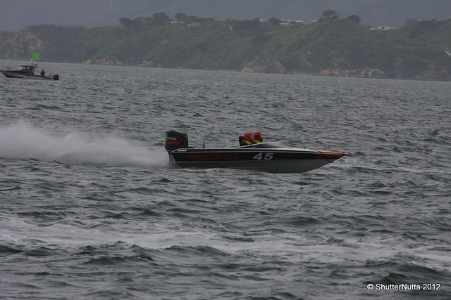 Powerboat racing, Wellington 4-2012 (72), Canon EOS 40D, Tamron SP 70-300mm f/4.0-5.6 Di VC USD