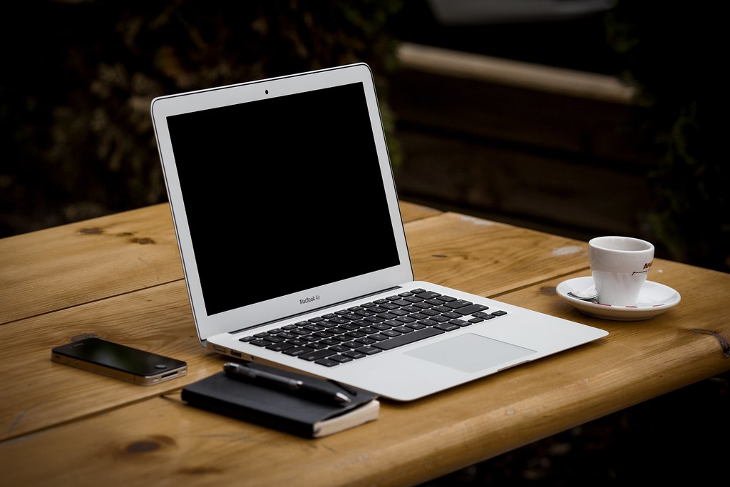 laptop-iphone-desk-notebook-computer-smartphone - Must Link to https://coffee-channel.com