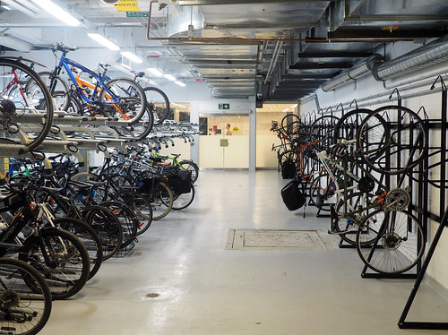 Toronto: Secure Bicycle Parking at Union Station