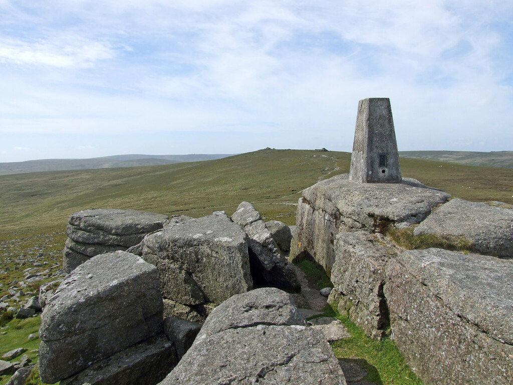 S from Yes Tor summit, to High Willhays