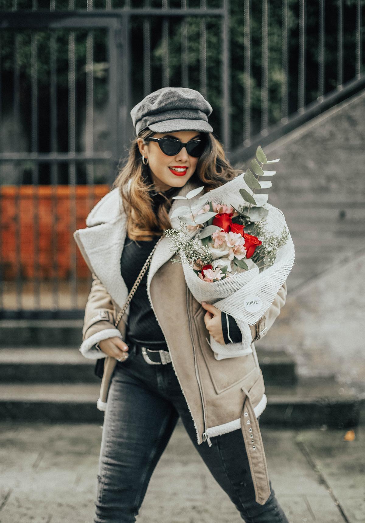 chaqueta-borreguillo-san-valentin-ramo-flores-streetstyle6