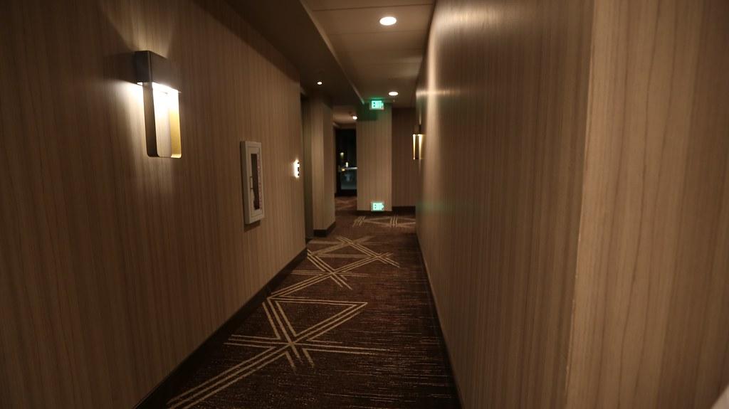 Hilton H Hotel LAX 13