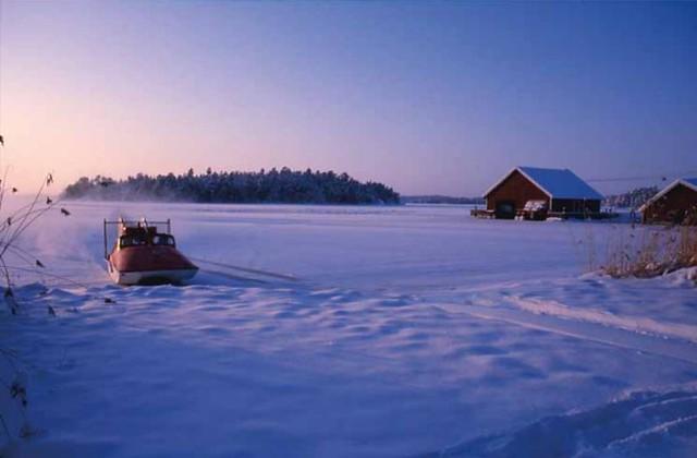 Hydrokopteri saapuu Seiliin, kuva: Veikko Rinne