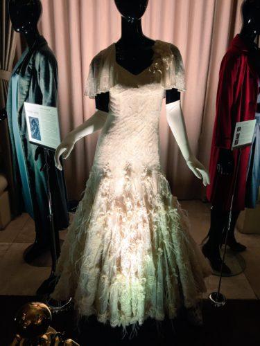 Oscar-Best-Costume-Shape-of-Water-4-375x500
