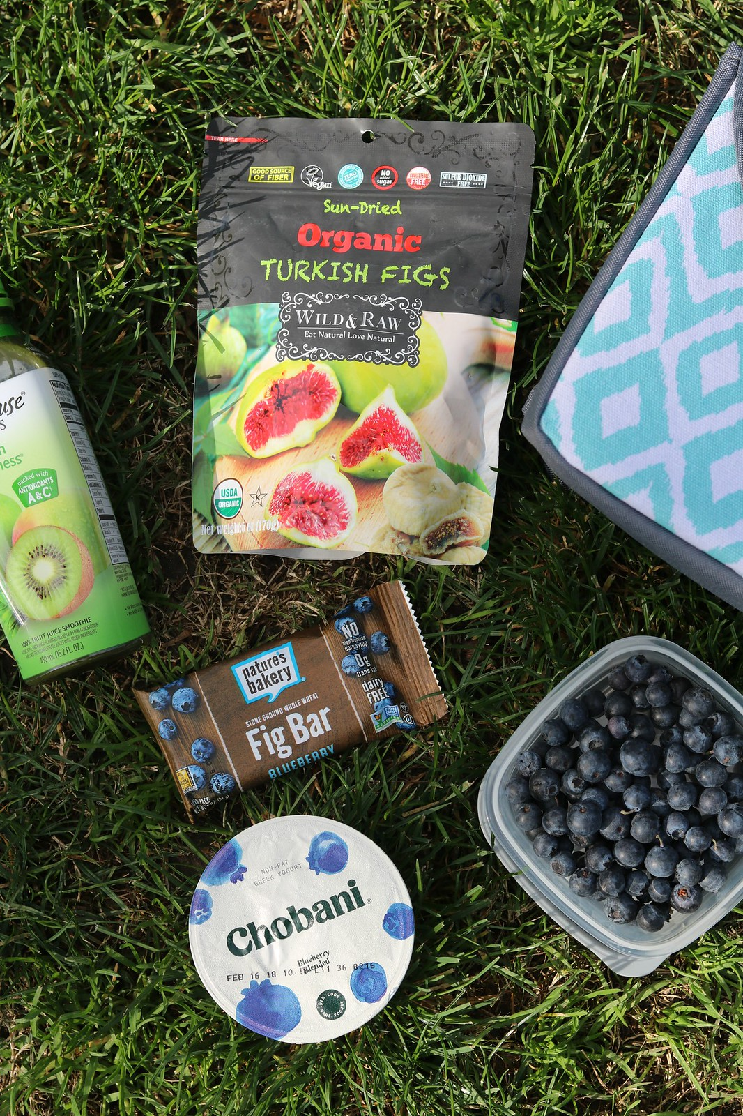 5 Easy and Healthy Pregnancy Snacks with #GroceryOutlet