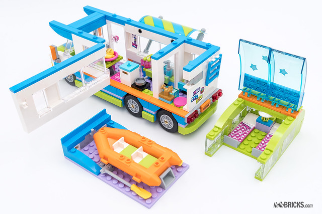 REVIEW LEGO Friends 2018 - LEGO 41339 Mia's Camper Van 2