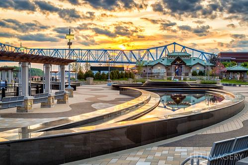 sunset smotherspark ky owensboro sunrise kentucky bluebridge downtown usa