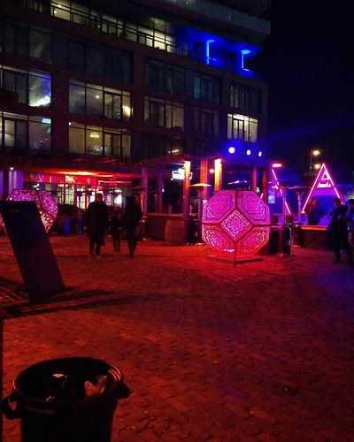 The Glow-Dodecahedron (1) #toronto #distillerydistrict #tolightfest #glowdodecahedron #martintaylor #latergram