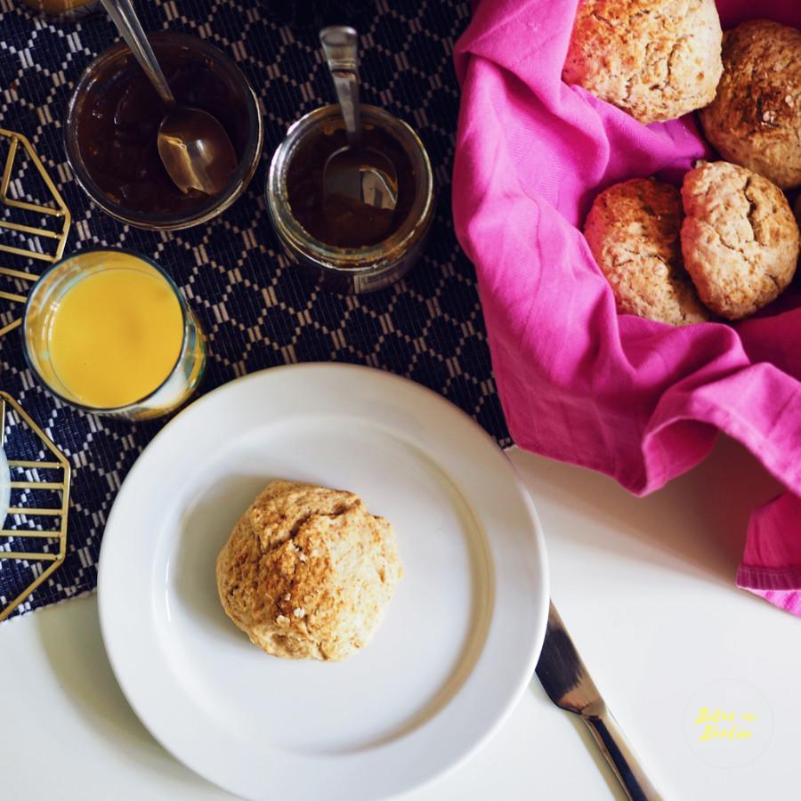 Veganska scones med kardemumma
