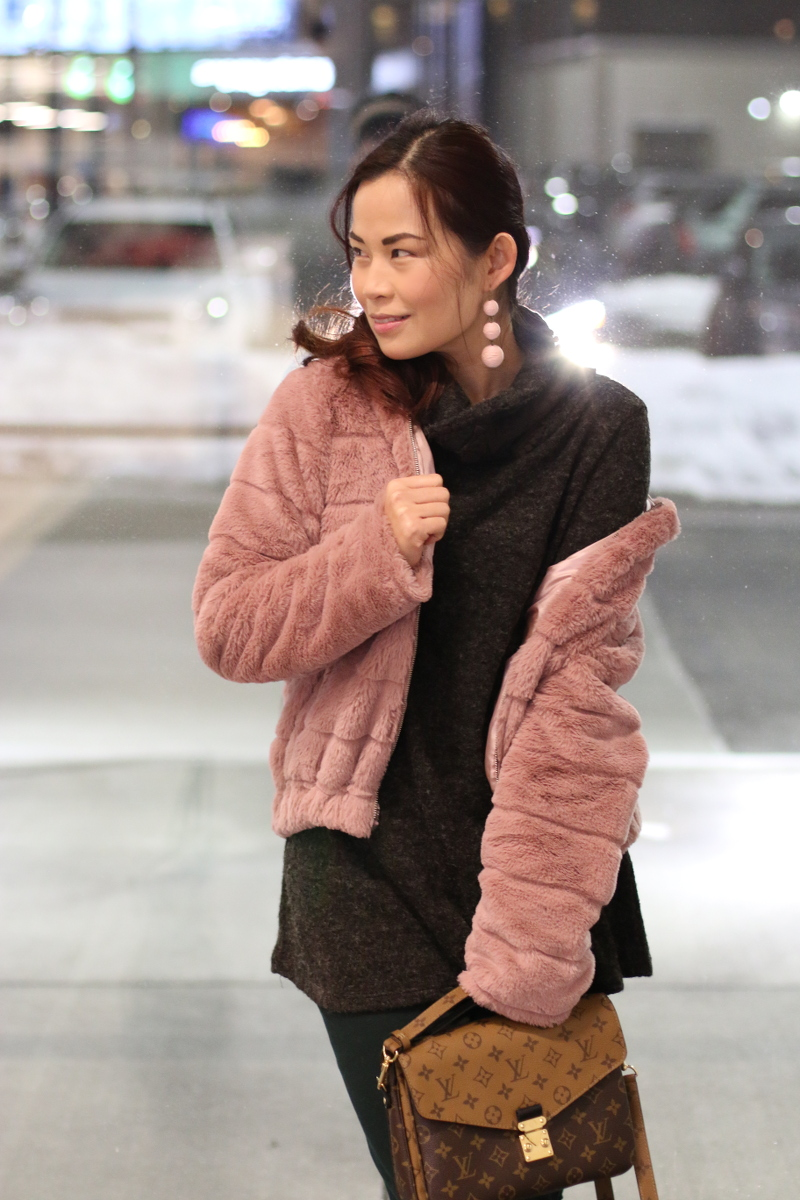 pinkblush-turtleneck-sweater-lv-bag-pink-faux-fur-jacket-6