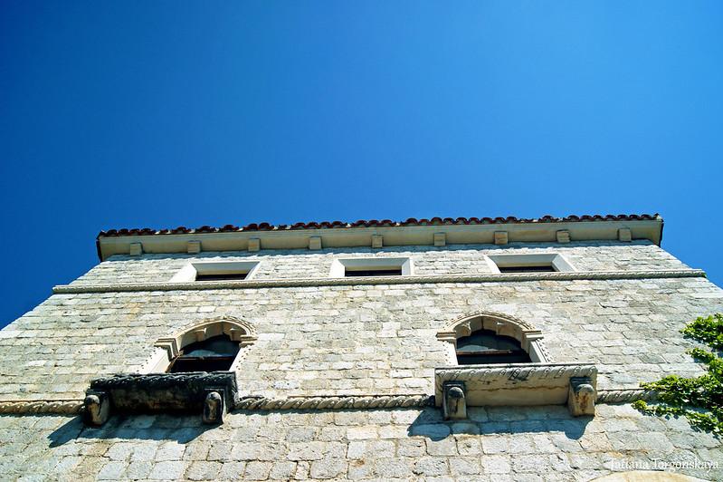 Верхние этажи дворца