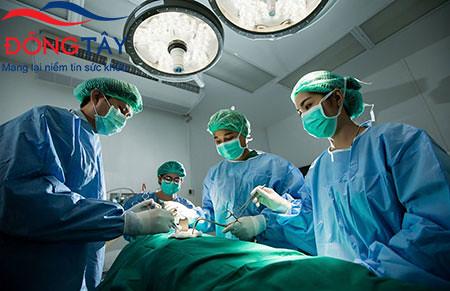 Cắt túi mật sau phẫu thuật giảm cân dễ mắc biến chứng sau mổ