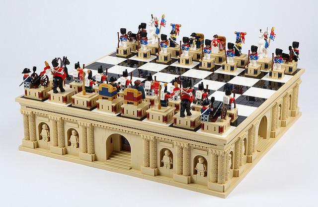 用這個下棋實在太氣派啦~!!Aniomylone 樂高MOC 作品【帝國西洋棋】Empire Chess