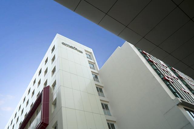 hotel amaris tangerang city facade - kadungcampur