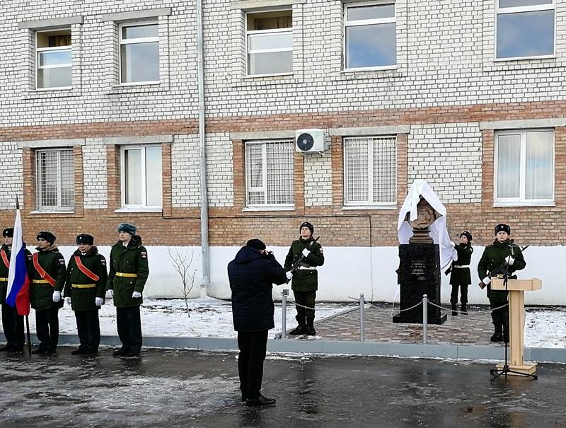 Памятники элисты Невинномысск памятники в ростове на дону фото Майкоп