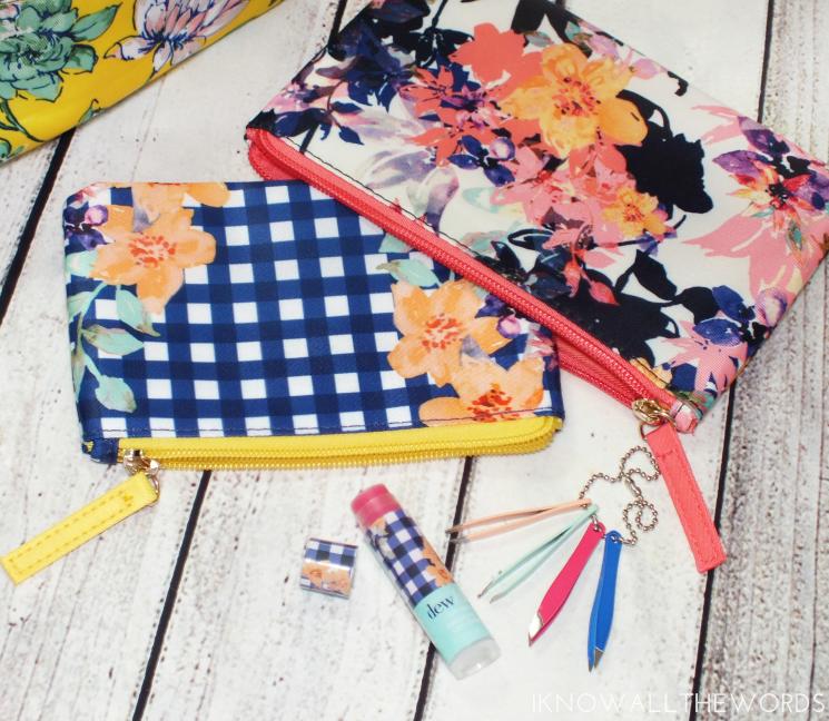 avo savannah blooms nesting makeup bags (1)