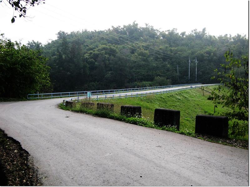 西口小瑞士的土堰堤
