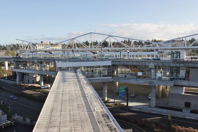 SeaTac/Airport light rail station