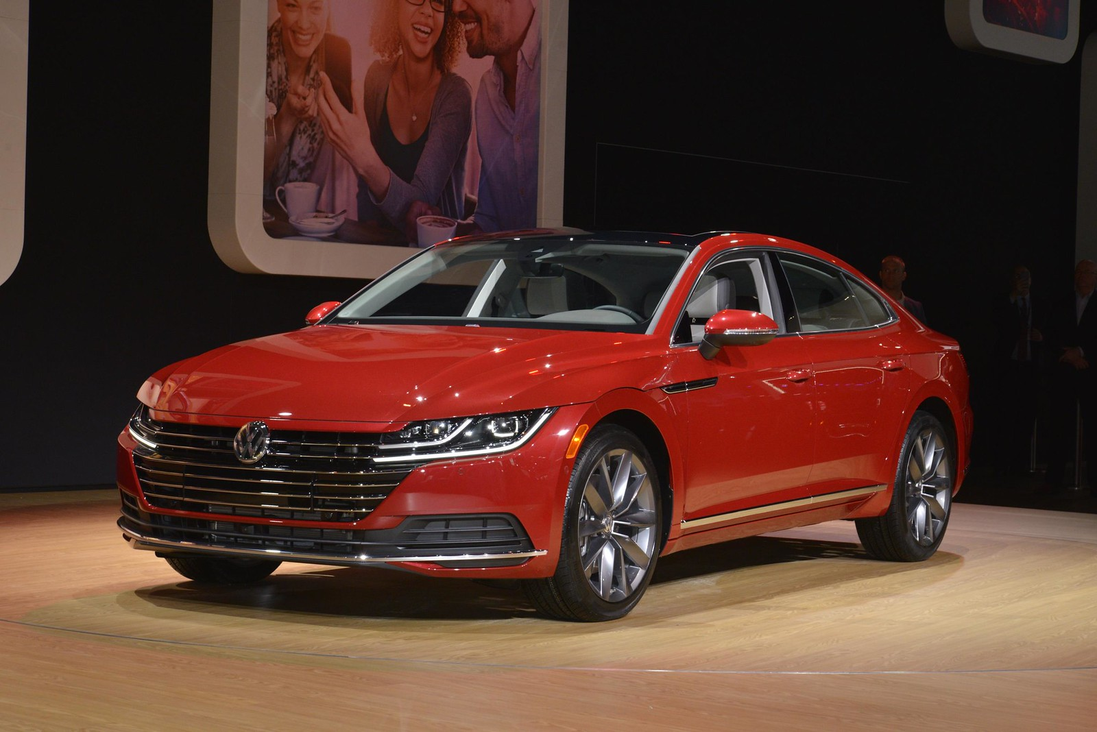 Volkswagen Arteon live photos: 2018 Chicago Auto Show