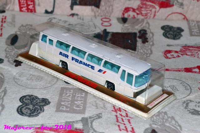 N°373 autocar néoplan 40223262252_2eed7de5c3_z
