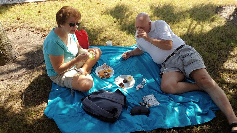 Mom and Dad make it a picnic