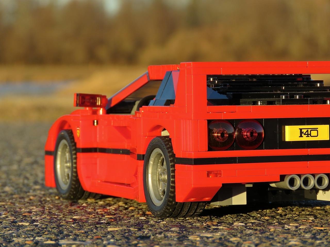Lego Ferrari F40 4