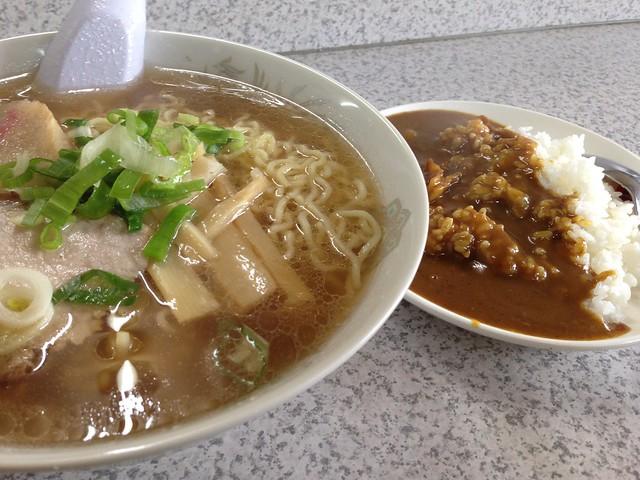 hokkaido-rishiri-island-matsuya-syokudo-ramen-curry-set-02