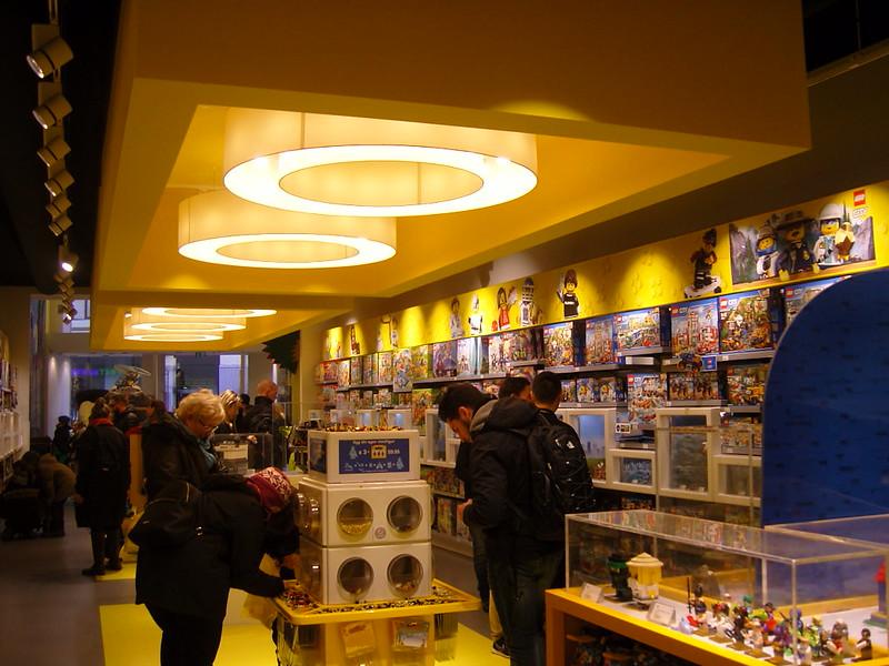 Επίσκεψη στο official Lego Store Copenhagen! 28008517389_dcd190cec4_c