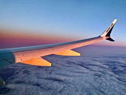 takenatwork boeing b737 b737max8 b737max wing winglet sunset nightrise