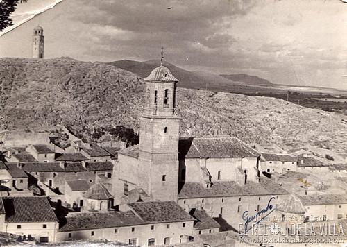 VISTA DEL RELOJ Y LA IGLESIA, ANTES DE 1952 - FOTO GUIRADO