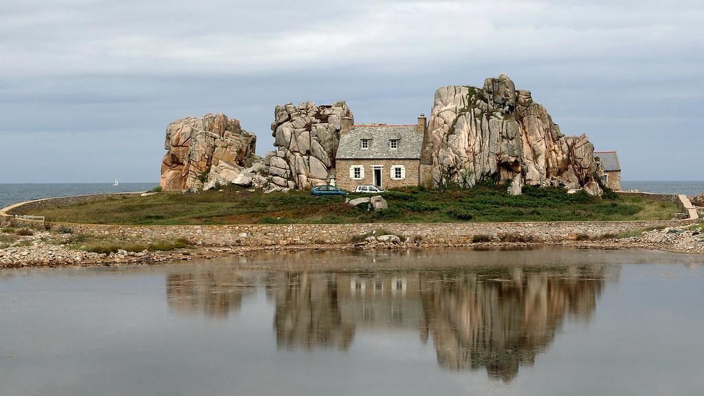 La Casa Nella Roccia.La Casa Nella Roccia Castel Meur Maxlancio Flickr