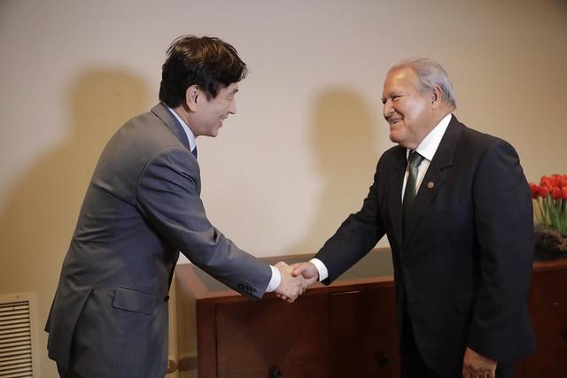 Reunión con Diputados de la República de Corea (1)