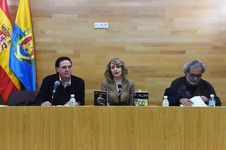 PRESENTACIÓN DE LOS LIBROS EL PADRE ANTONIO Y EL LIBRO DE OTRAS HORAS DE JOSÉ CHAMIZO3
