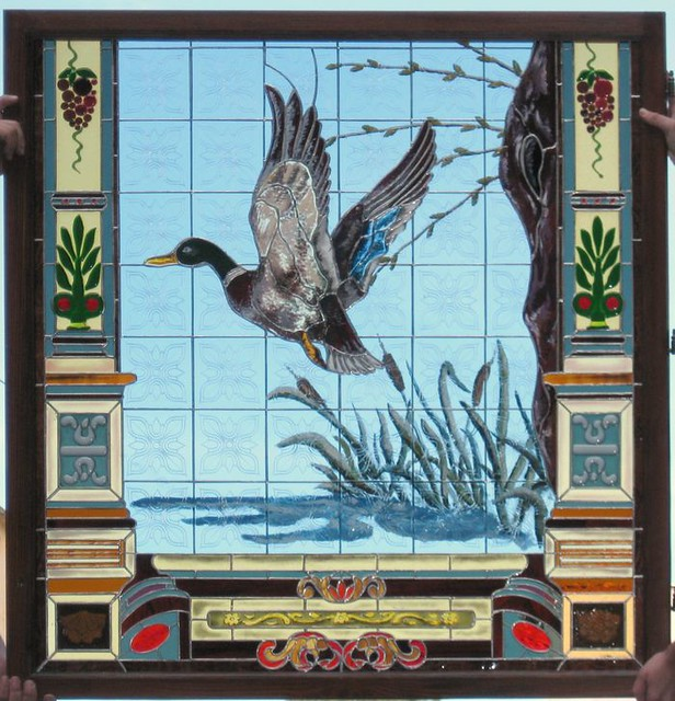 vitráž s ruční malbou