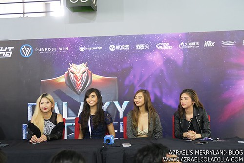 Galaxy Battles - Celebrity Female Gamers