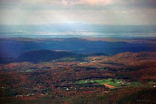 montmansfield montagnes montréal mountmansfield skyline vt vermont distant view far furthest farthest