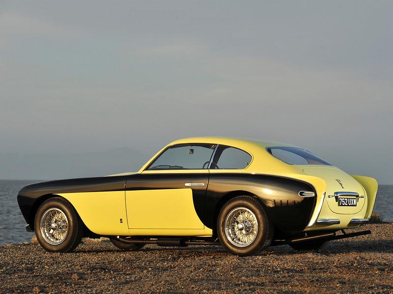 1952_Ferrari_212_Inter_Vignale_coupé_Bumblebee_003_6549