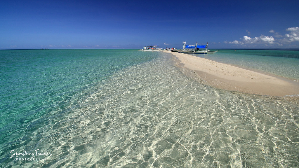 the Palad Sandbar and crystal-clear waters