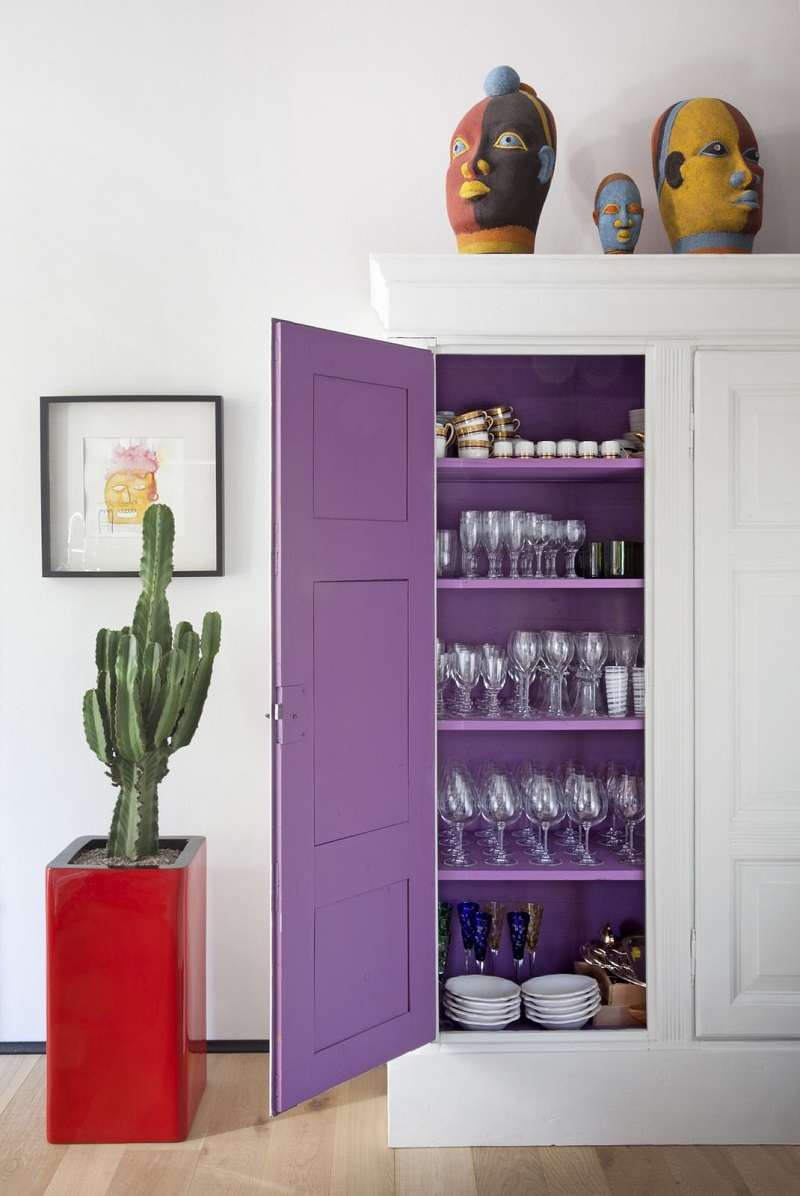 ultra violet decor decorating pantone color of the year 2018 purple paint inside cabinet