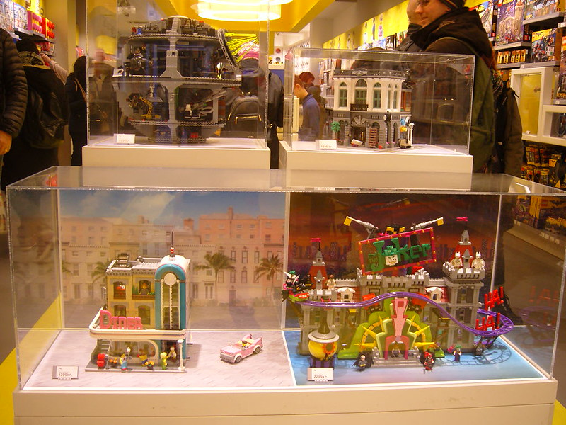 Επίσκεψη στο official Lego Store Copenhagen! 28008521609_e70ca999ea_c