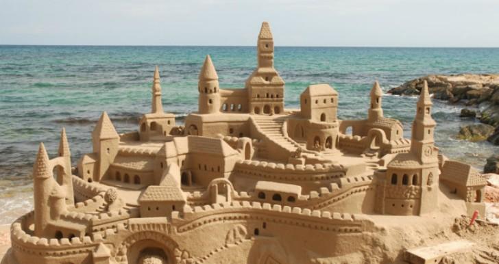 king-marcio-living-sand-castle-brazil