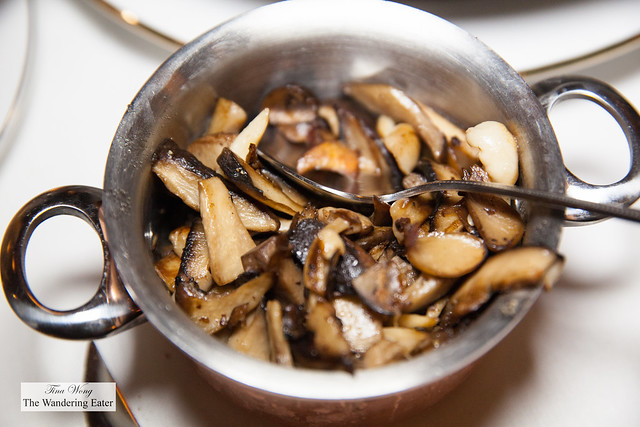 Side of sauteed mushrooms