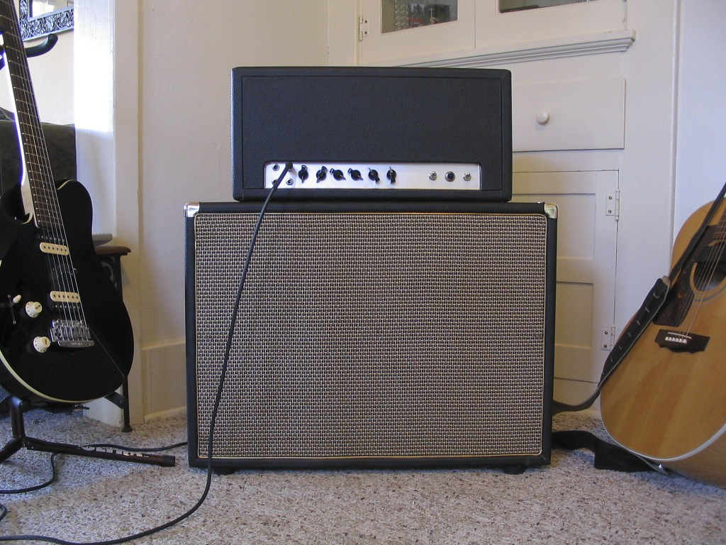 VOX AC-10 SRT or UL710 layout somewhere out there?