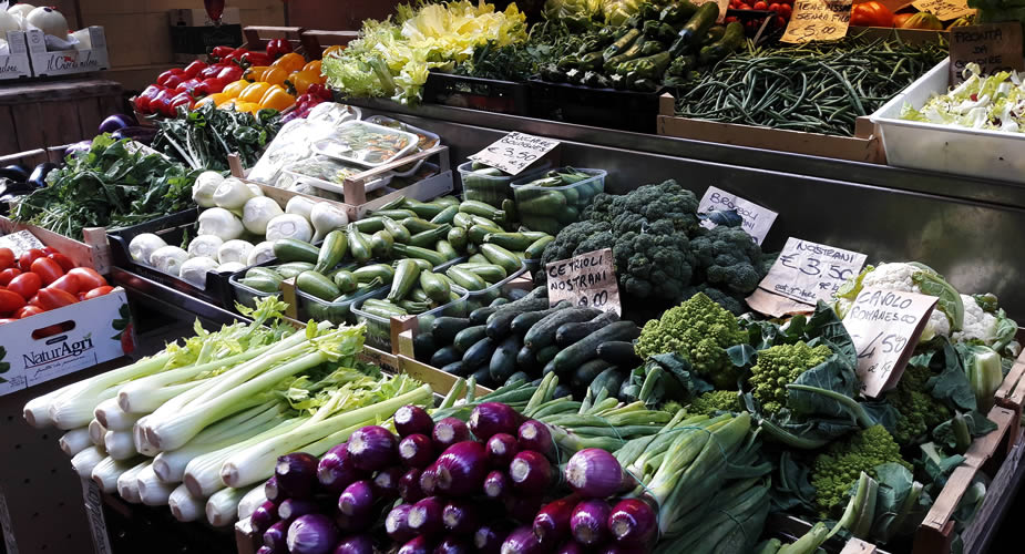 Bologna bezienswaardigheden: naar de markt in Bologna | Mooistestedentrips.nl