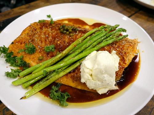 Den Lim Pampanga-023 Broiled Salmon and Asparagus