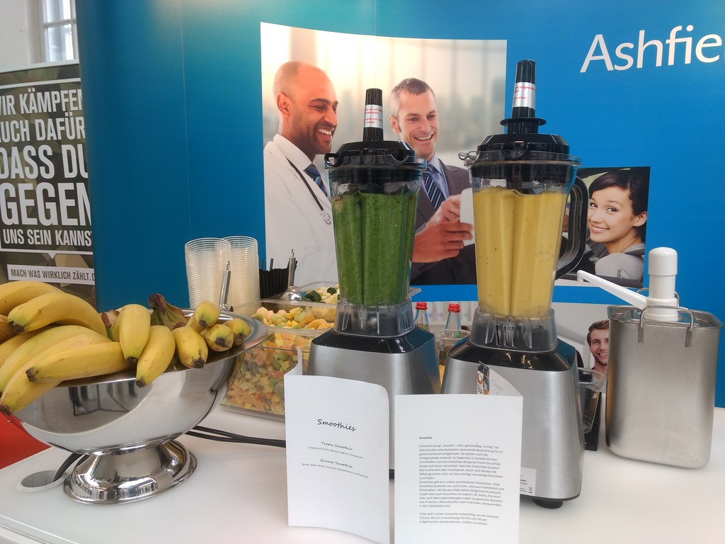 "#Hummercatering #Event #Cratering #Smoothie an unserer #mobilen #Smoothiebar für #Ashfield auf dem #Jobvector career Day #Eventlokation #MVG #Museum #Muenchen #cgn > #muc Mehr #Infos unter https://koeln-catering-service.de/smoothie-catering/messe-event-sm • <a style=""font-size:0.8em;"" href=""http://www.flickr.com/photos/69233503@N08/40508931892/"" target=""_blank"">View on Flickr</a>"