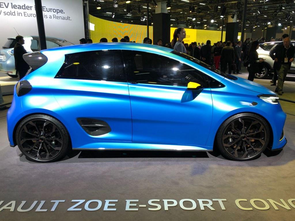 Renault-Zoe-E-Sports-Concept (2)