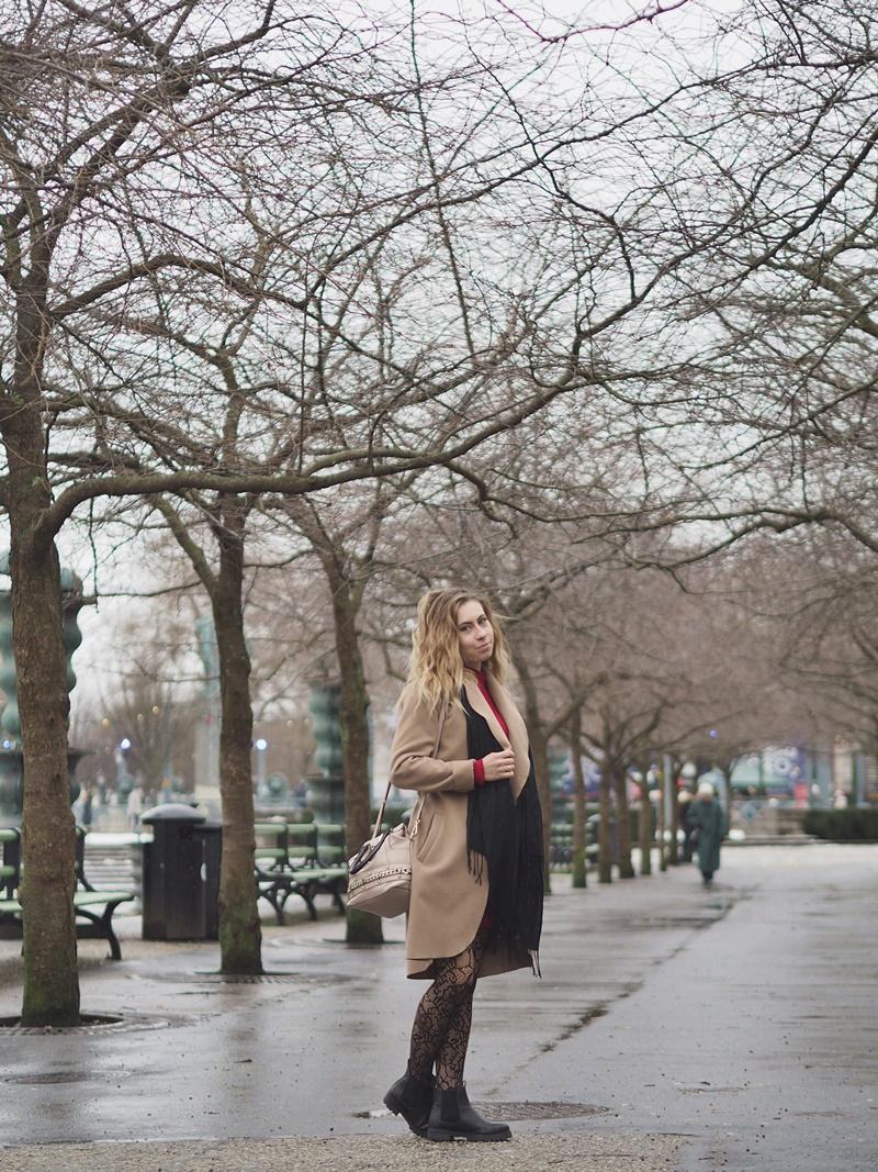tukholma asukokonaisuus winter outfit stockholm shoppailu asu