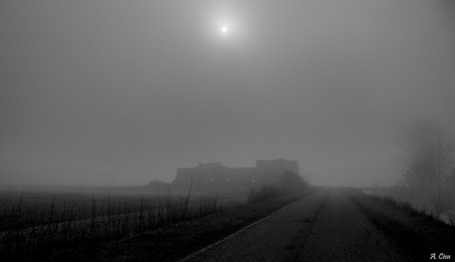 My countryside of ruins, RICOH PENTAX K-S2, smc PENTAX-DA L 18-50mm F4-5.6 DC WR RE